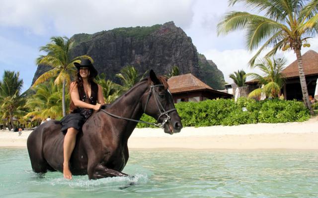 HORSE RIDING ADVENTURES