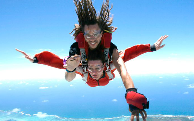 TANDEM SKYDIVE EXPERIENCE